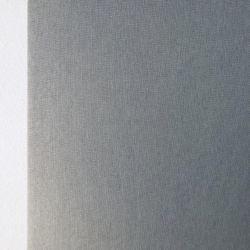 Salle de réunion axysweb : zoom sur les panneaux gris clair suspendus au plafond